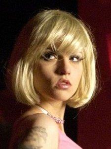 Topless - Julia Hummer nude in Im Alter von Ellen (2010